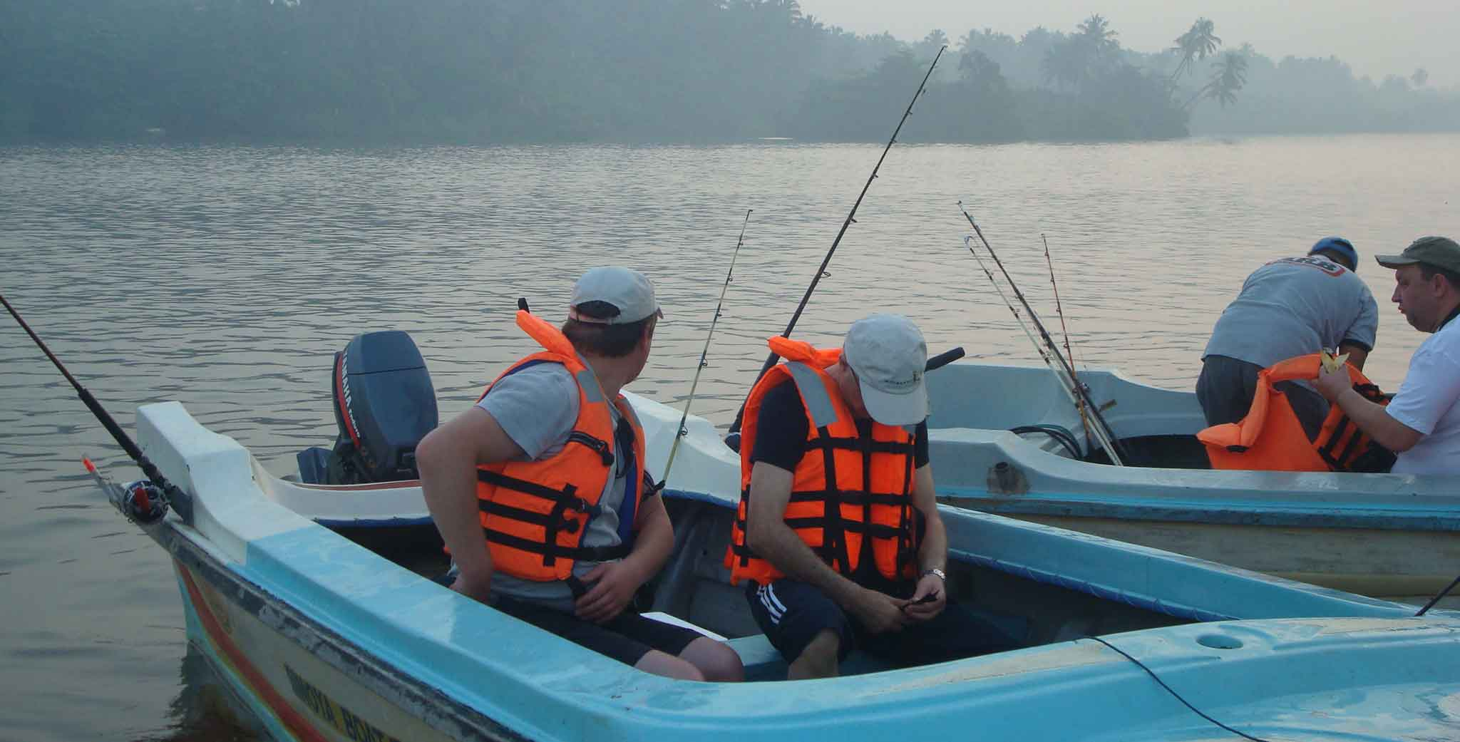 Deep sea fishing in bentota with sri lanka day tours for Sri lanka fishing