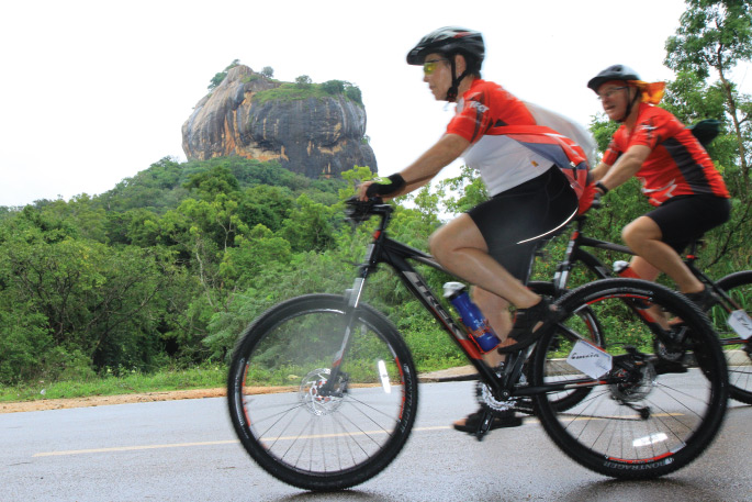 sigiriya cycling tour