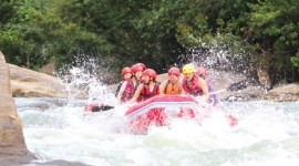 White water rafting excursions in Kithulgala Sri Lanka